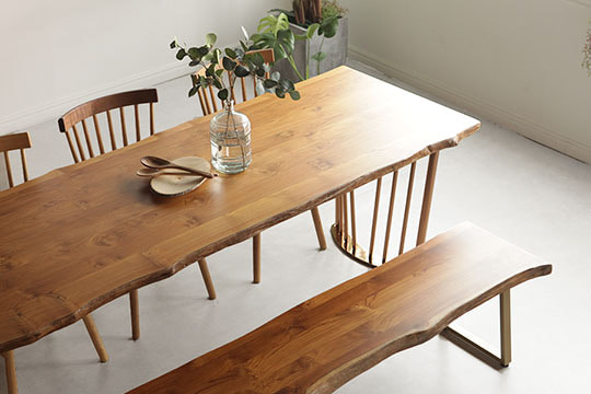 tique wood table